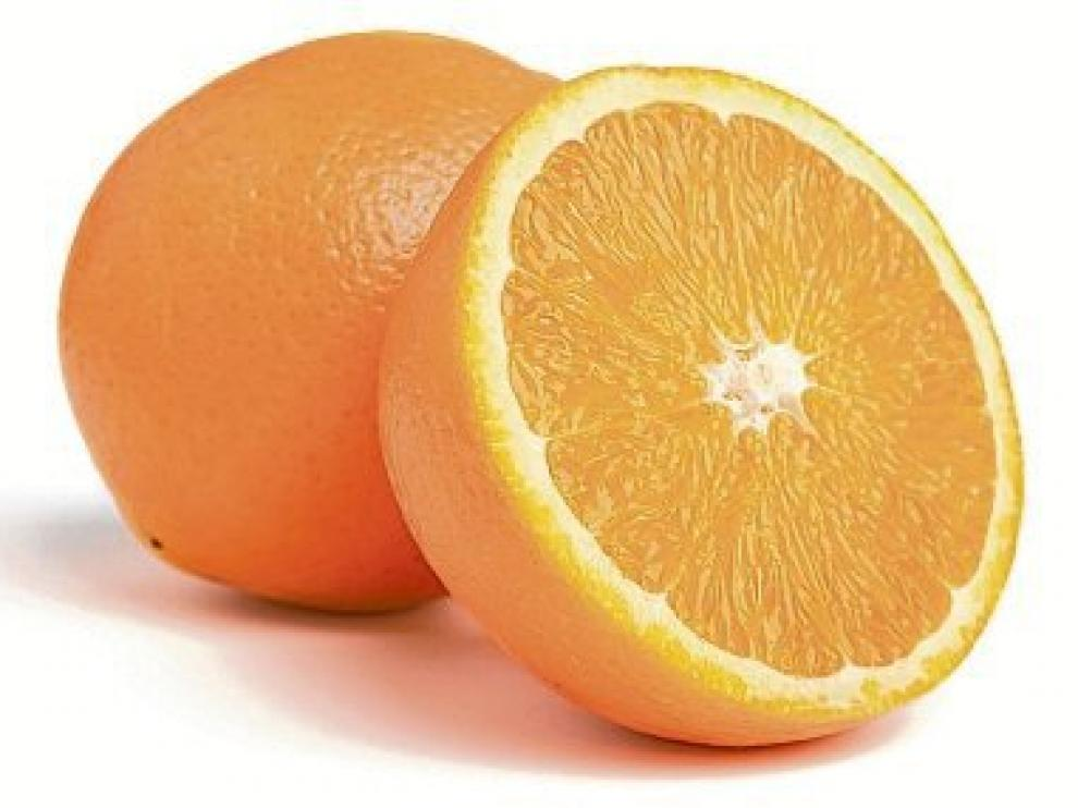 La naranja no es la fruta con más vitamina C.
