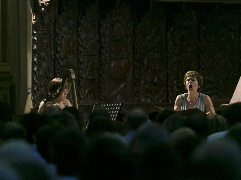 Nuria Llopis y Cristina Miatello interpretan 'Canzonetta spirituale alla nanna'.