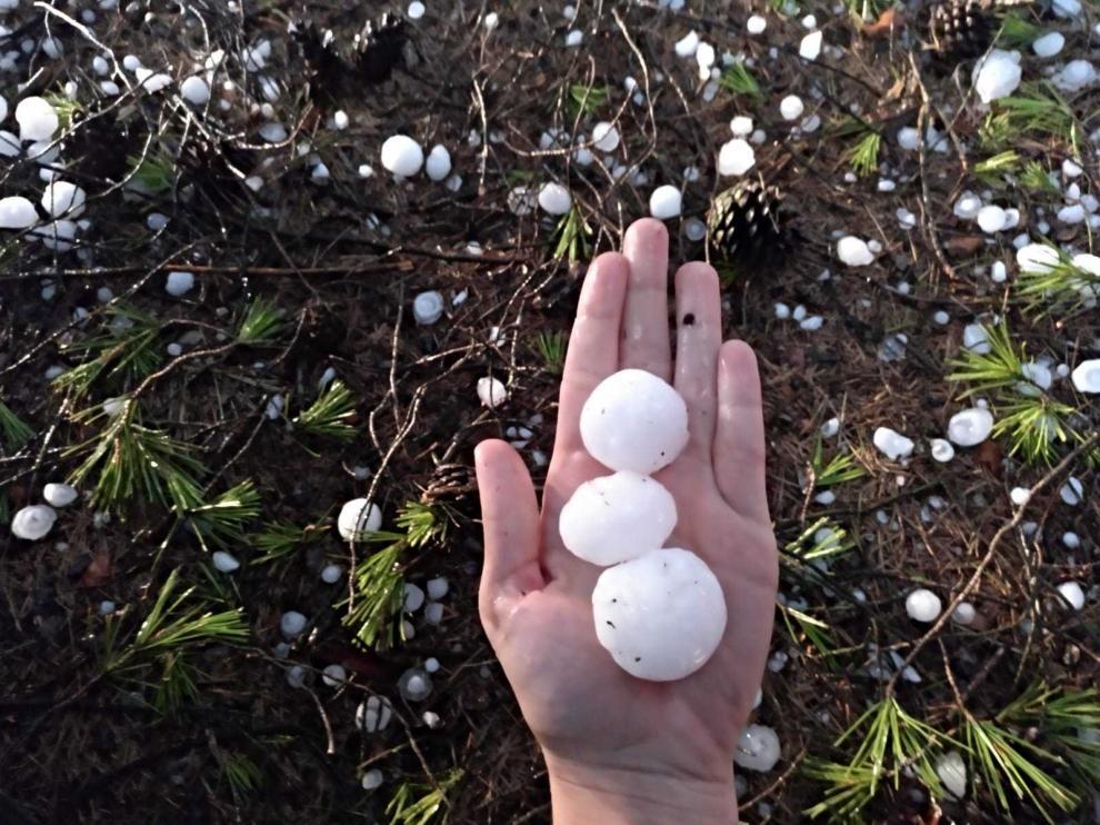 Granizo del tamaño de pelotas de ping pong en Alcañiz.