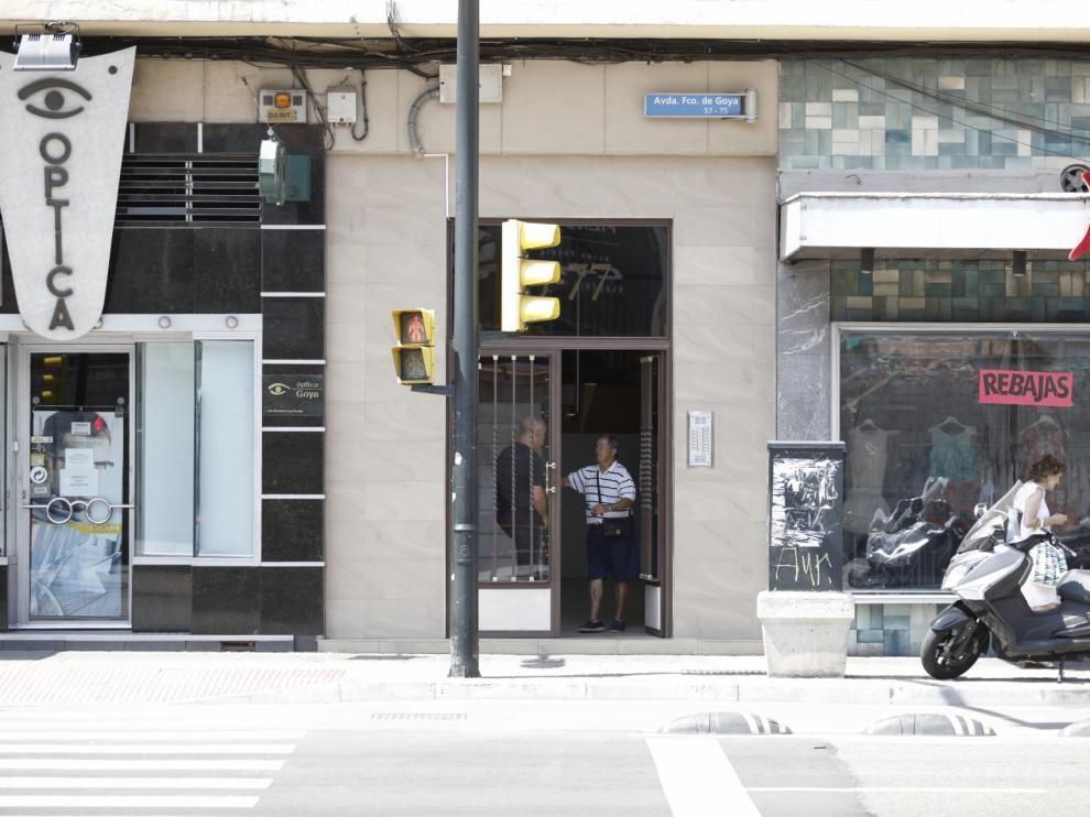Un exprofesor del instituto Goya de Zaragoza pasa varios días muerto en su piso