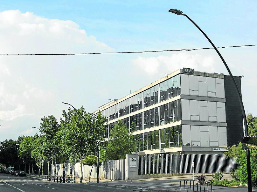 Vista de las instalaciones de Saica en la avenida de San Juan de la Peña.
