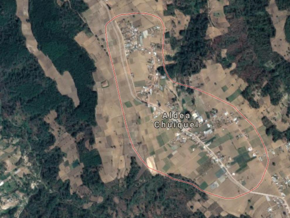 En la aldea de Chuiquel, al menos una treintena de niñas de 15 y 16 años están casadas de manera ilegal.