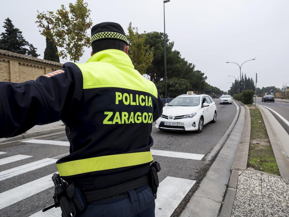 El autor del robo fue detenido por la Policía Local de Zaragoza en la carretera de Castellón.