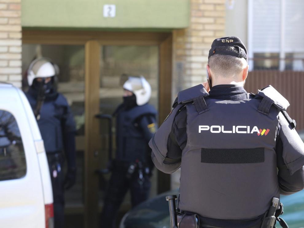En la operación policial se han practicado seis registros domiciliarios y se ha intervenido abundante material pedófilo.