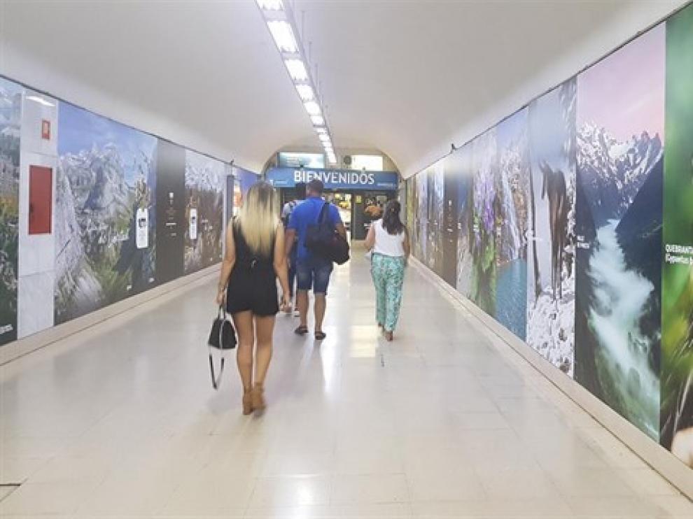 El vinilo se podrá ver durante dos meses en la Estación Sur de Autobuses de Madrid.