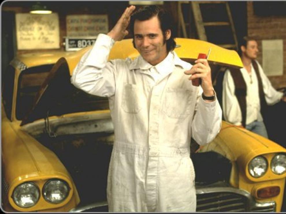 Carrey, caracterizado de Andy Kaufman en 'Man on the moon'.