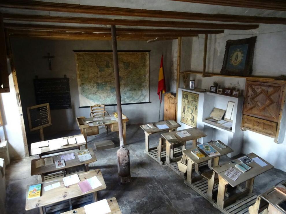 Antigua escuela de La Cañada de Benatanduz.