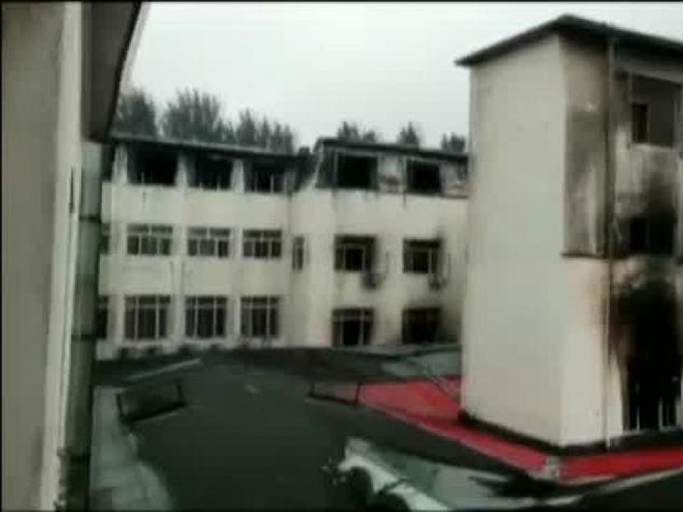 El incendio en un hotel en China causa la muerte de 20 personas
