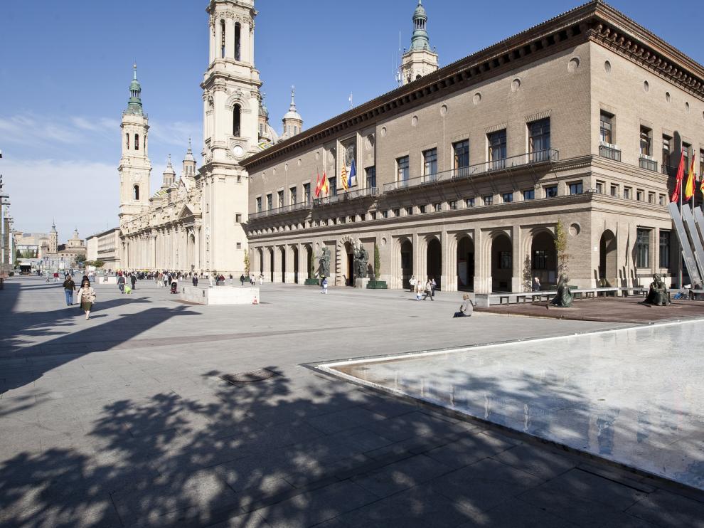 El Ayuntamiento de Zaragoza, en la plaza del Pilar.