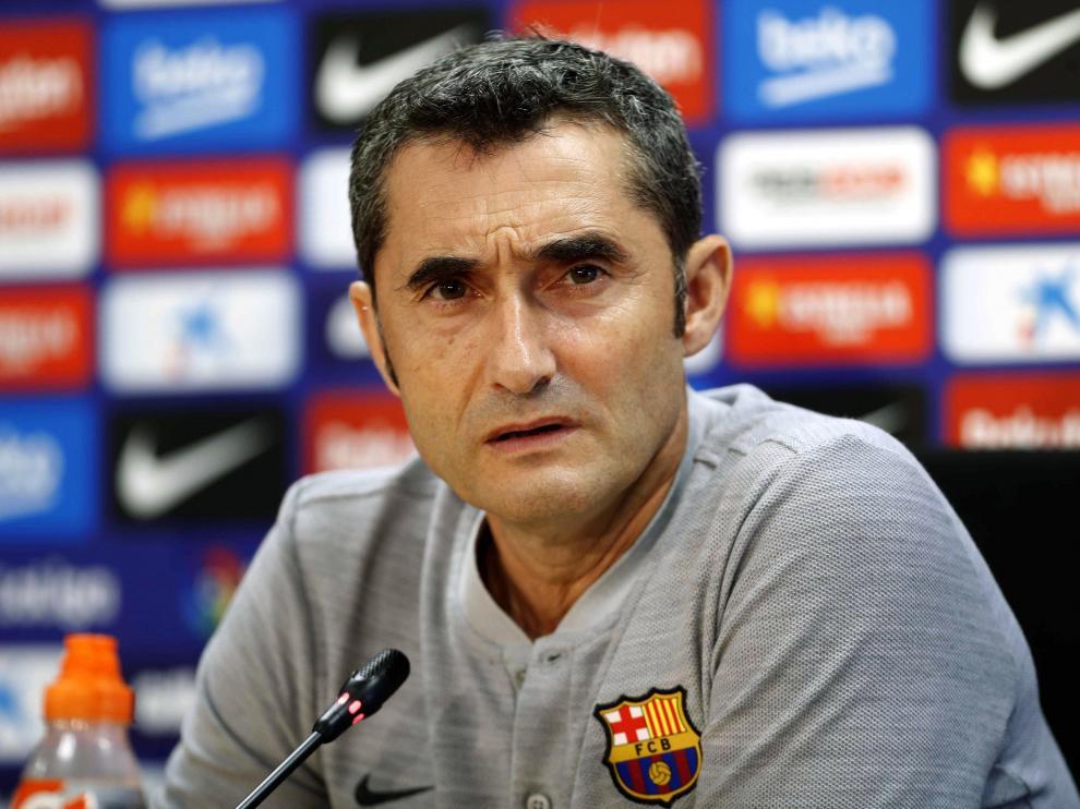 Ernesto Valverde, entrenador del FC Barcelona, durante la rueda de prensa que ha ofrecido este sábado como previo al partido de este domingo contra el Huesca.