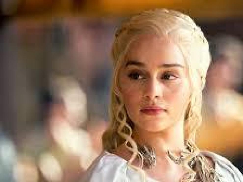 Emilia Clarke en una imagen de Juego de Tronos