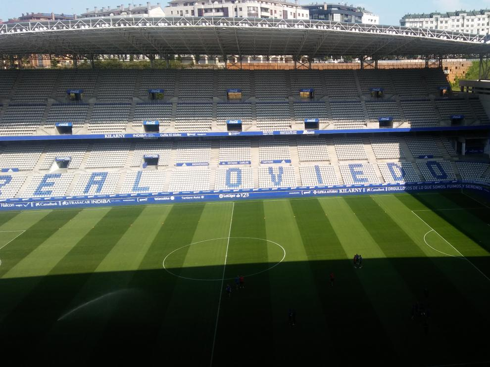 Estado del Carlos Tartiere una hora antes del Oviedo-Real Zaragoza.