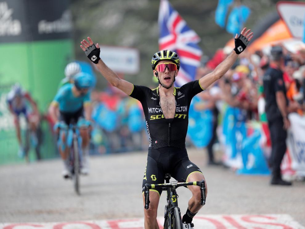 El británico Simon Yates (Mitchelton), ganador de la decimoquinta etapa de la Vuelta Ciclista a España.
