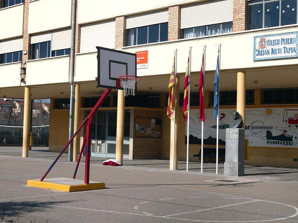 Colegio Julián Nieto Tapia, de Miralbueno