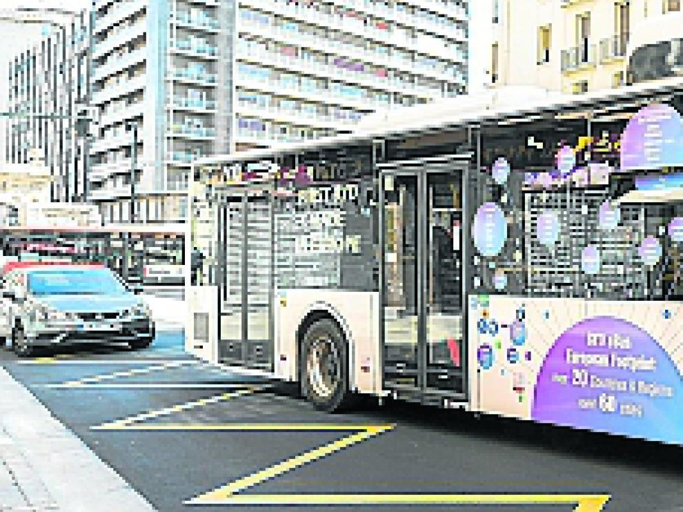 Una de las alternativas es coger el transporte público.