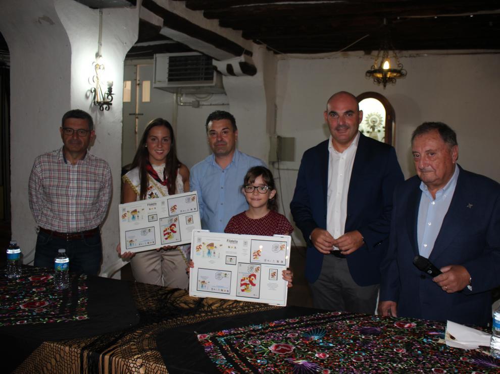 El Cachirulo presentó este martes dos sellos conmemorativos de su 50º aniversario.