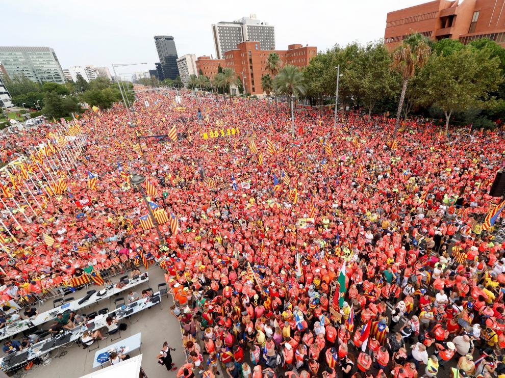 Vista general de la Avenida Diagonal de Barcelona durante la manifestación independentista convocada por ANC.