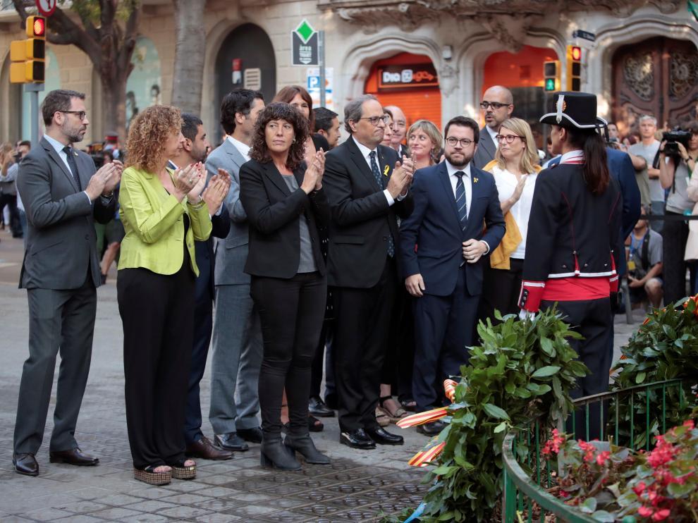 El presidente del Govern, Quim Torra, encabeza la ofrenda floral al monumento de Rafael Casanova.