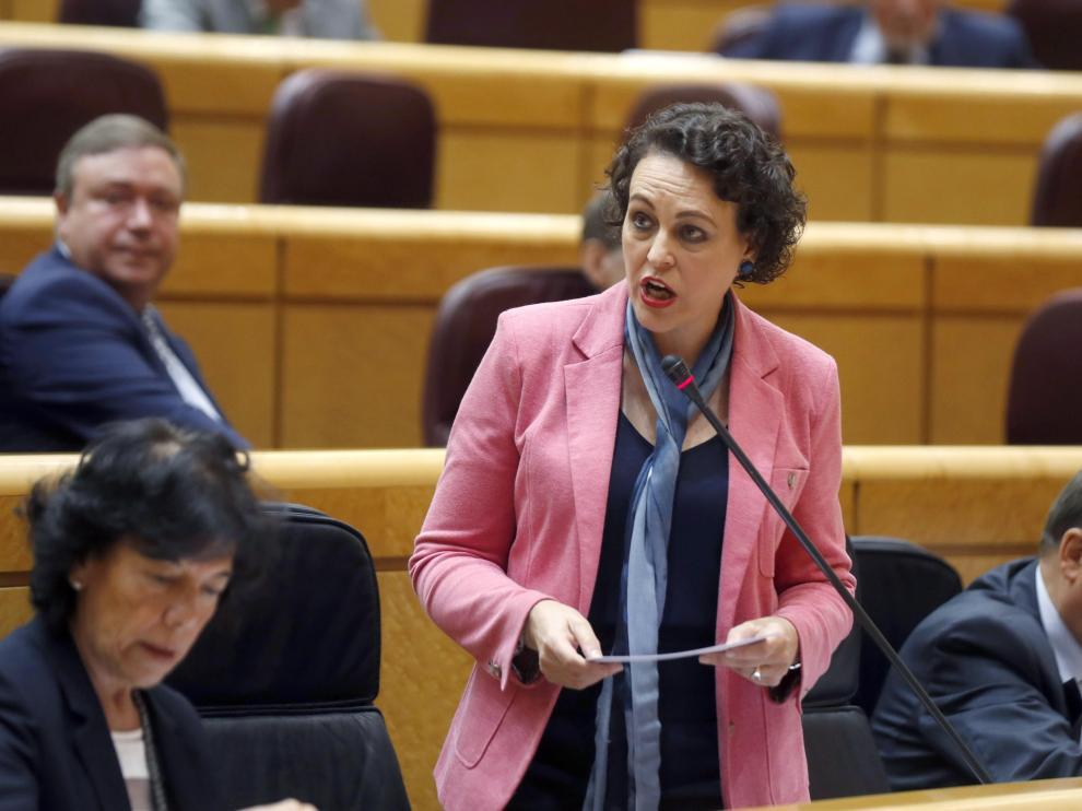 La ministra de Trabajo, Magdalena Valerio, durante la sesión de control del Gobierno en el Senado.