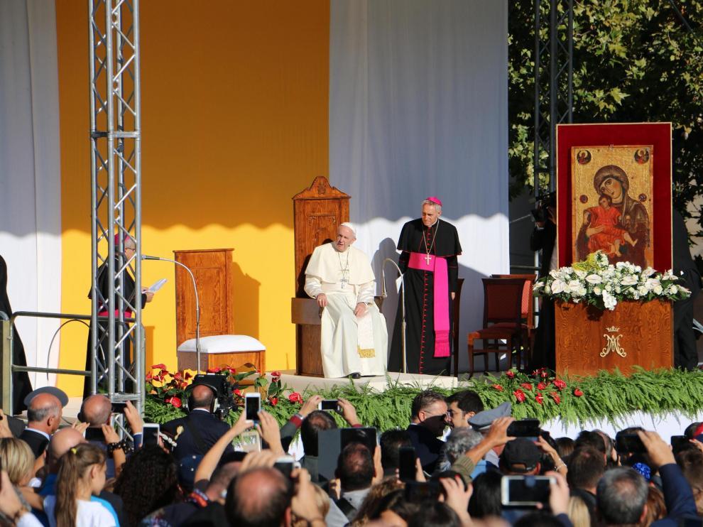 El Papa, en Sicilia