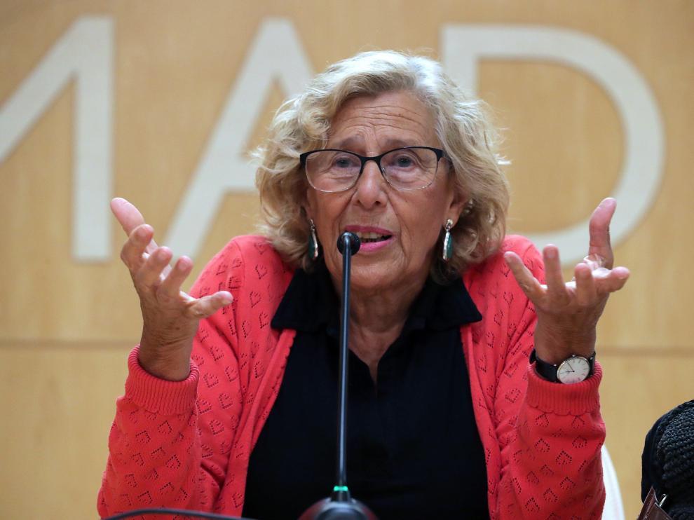 Foto de archivo de la alcaldesa de Madrid en una rueda de prensa.