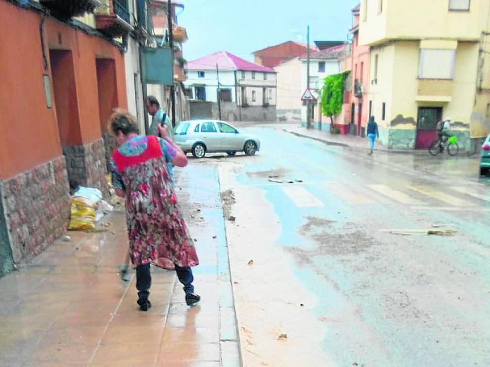Una tormenta deja 40 litros en Morata de Jiloca y provoca inundaciones en Calatayud