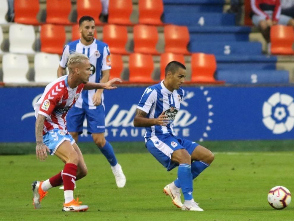 Sergio Gil en un partido de esta pretemporada frente al Deportivo de La Coruña.