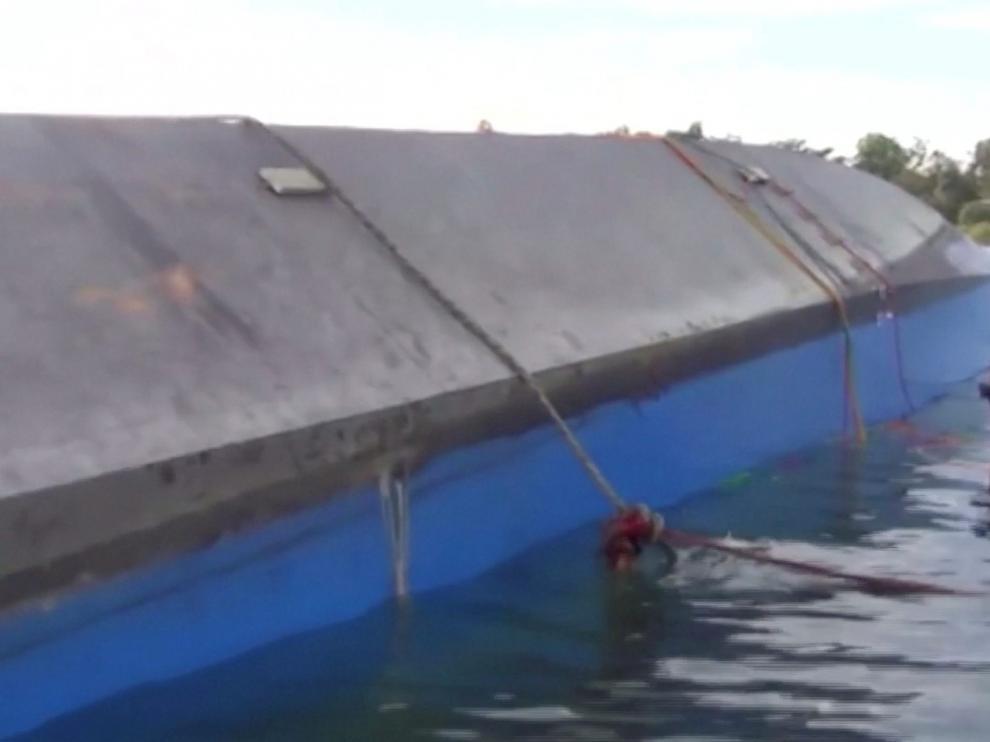 Naufragóen las aguas del lago Victoria, a solo 50 metros del puerto donde iba a atracar