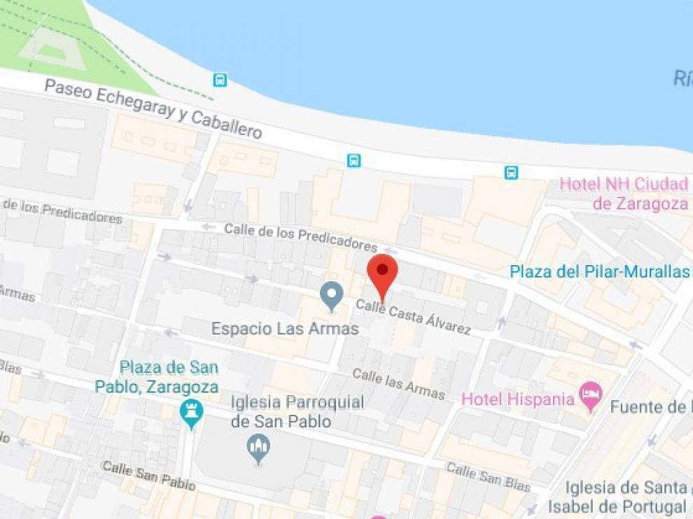 El suceso ha ocurrido en la calle Casta Álvarez, en el Casco Histórico de la capital aragonesa.