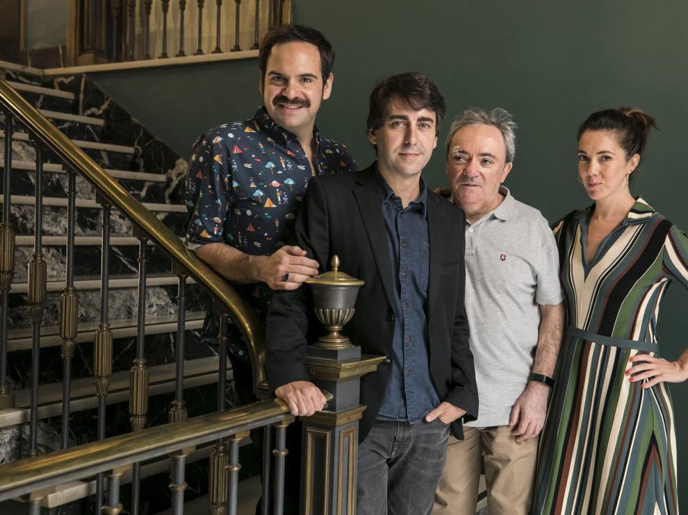 El equipo de esta función de teatro con música: Jorge Usón, José Troncoso,. Mariano Marín y Carmen Barrantes.