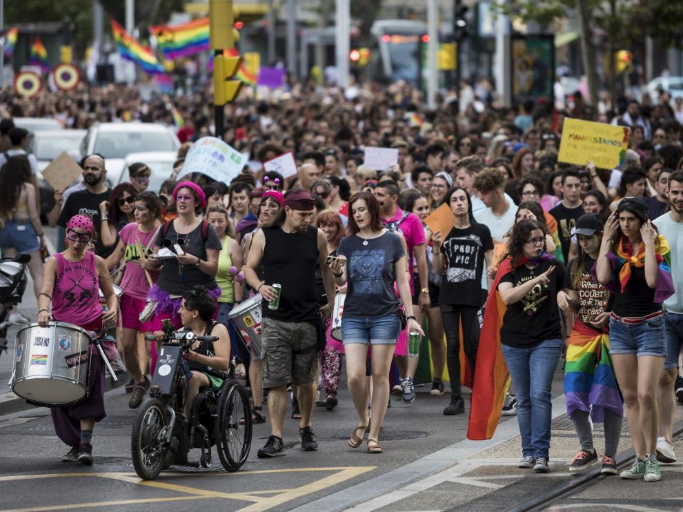Manifestación del Día del orgullo gay en Zaragoza