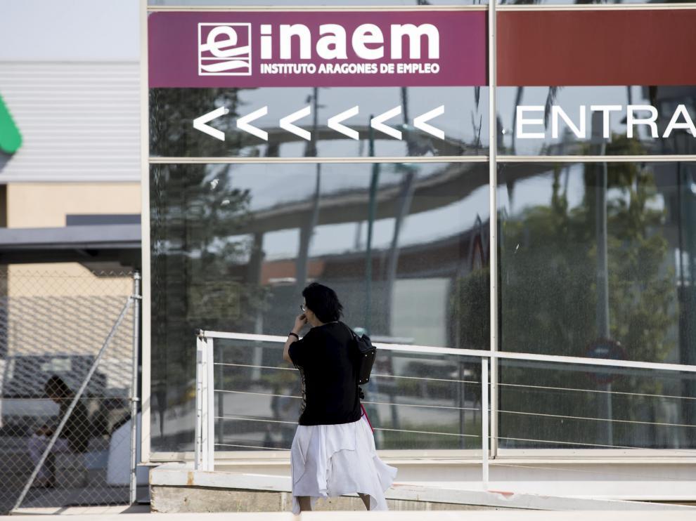 Oficina de empleo del Inaem en Zaragoza.