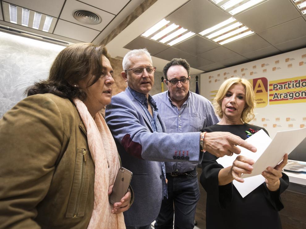 De izquierda a derecha, Gómez, Ezquerra, González y Santos, ayer en la sede del PAR