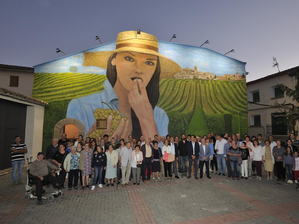 En imagen, el espectacular mural que preside la plaza Mayor