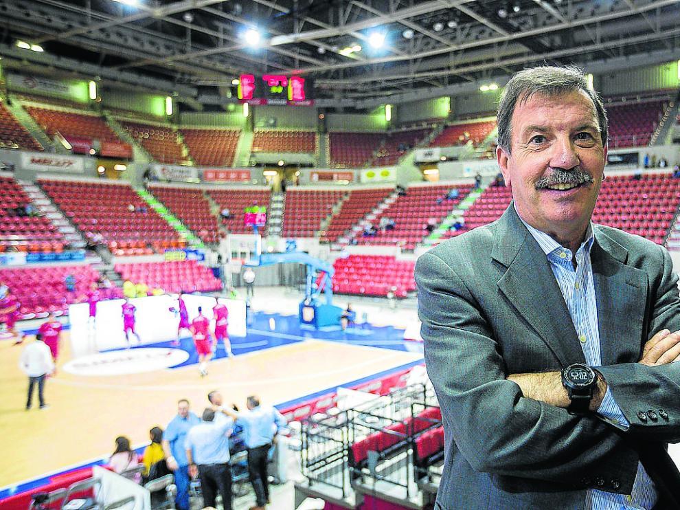 El patrocinio continuará. Emilio Garcés, que vende ahora Tecnyconta, aseguró ayer que la compañía seguirá patrocinando el equipo de Zaragoza en la liga Endesa de baloncesto. «Seguirá, por supuesto», afirmó.