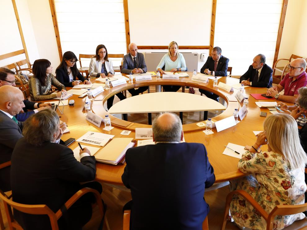 Acto de constitución del Consejo Aragonés de Trabajo Autonónomo (CATA), al que asistió al consejera Marta Gastón.