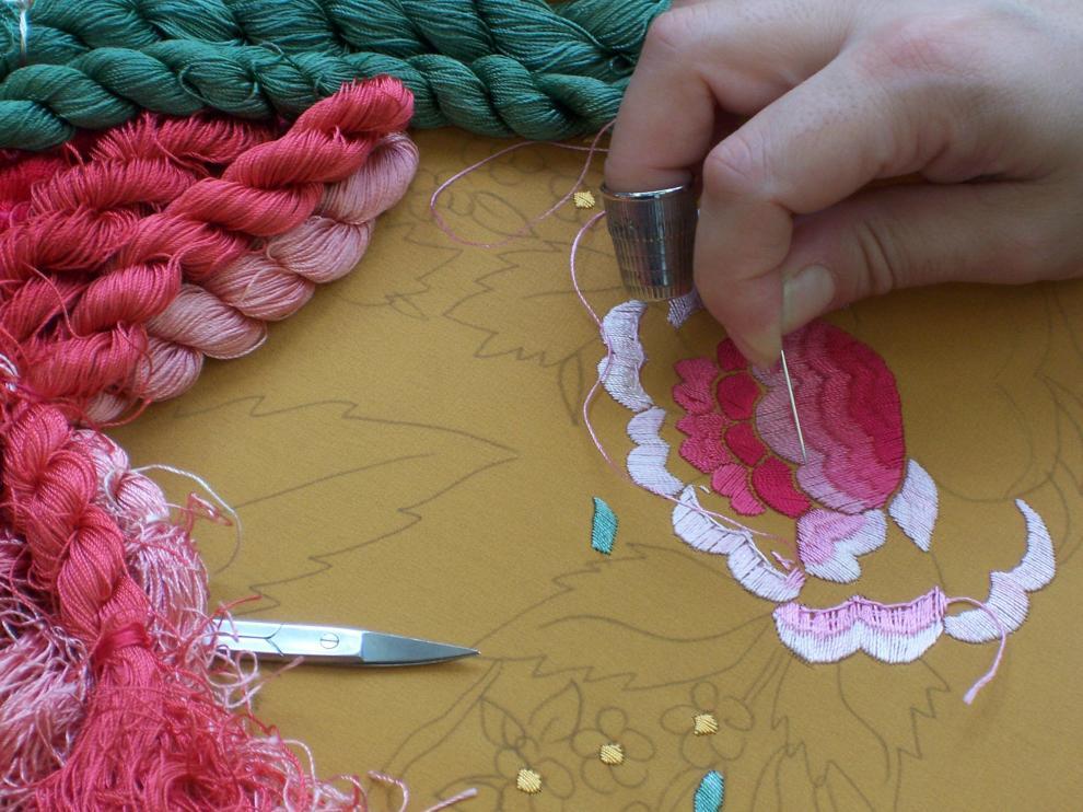 La bordadora del mantón de manila