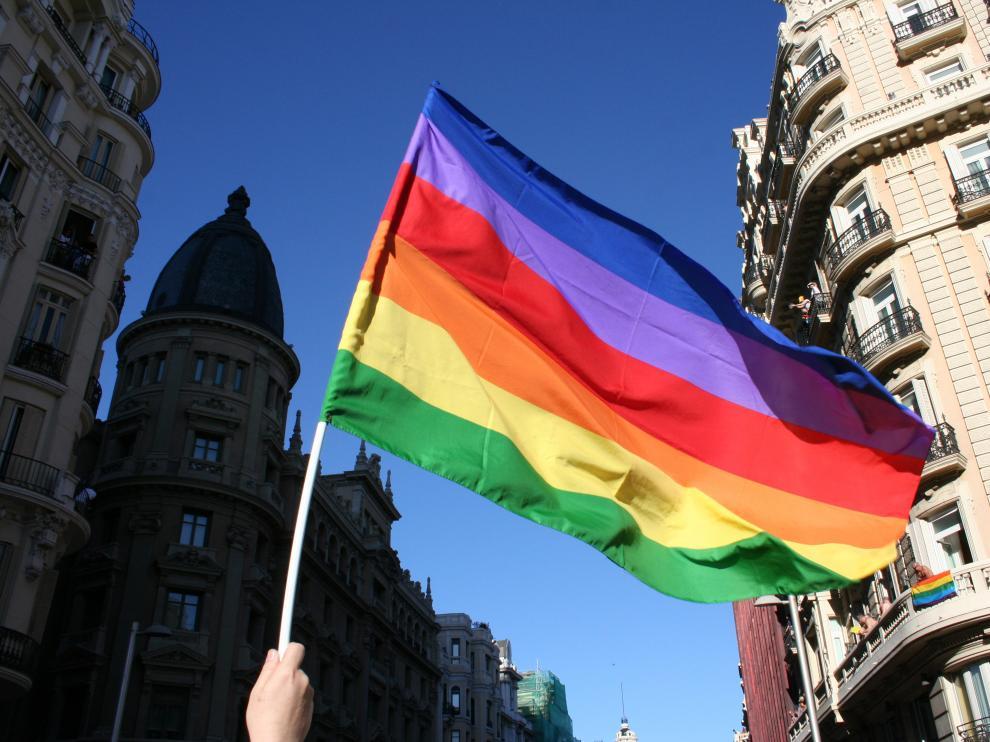 """""""La homosexualidad no es una enfermedad. No requiere tratamiento y no puede cambiarse"""", señala la Asociación Estadounidense de Psicólogos"""