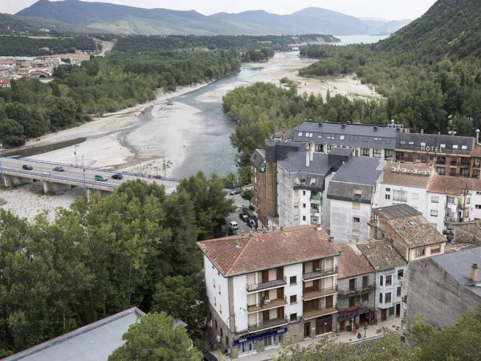 El entorno de Aínsa acoge este fin de semana el I Raid Sobrarbe.