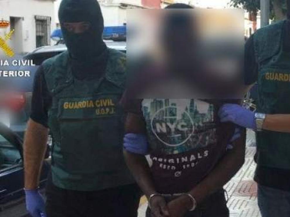 El detenido en Barajas por matar a su pareja