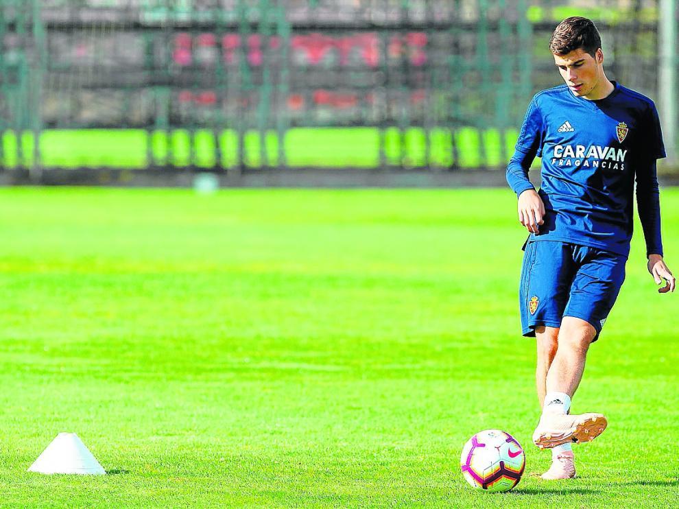 Alberto Soro, ayer, en un ejercicio de entrenamiento.