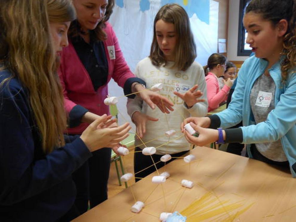 Imagen de la iniciativa 'Una ingeniera en cada cole' para promocionar la ciencia y la tecnología entre las chicas.
