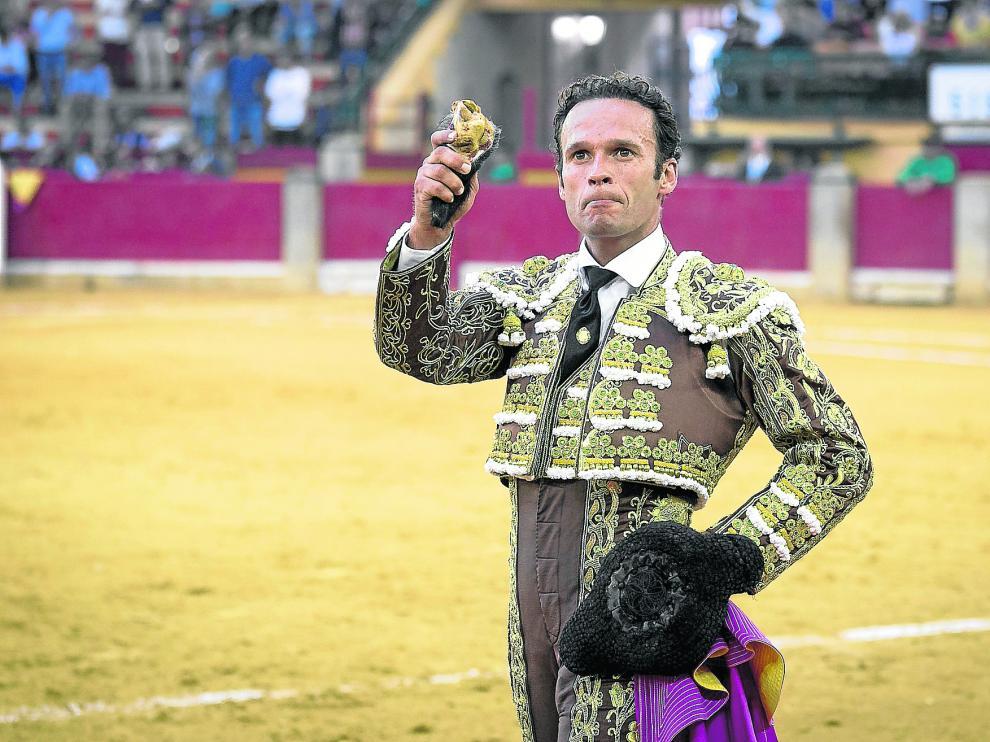 Antonio Ferrera paseó una oreja tras su faena al complicado primero de la tarde