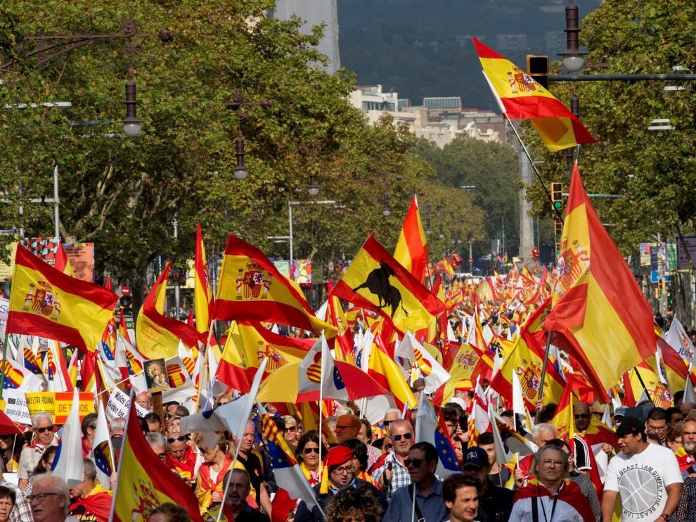 La manifestación por la unidad de España ha congregado a miles de personas.