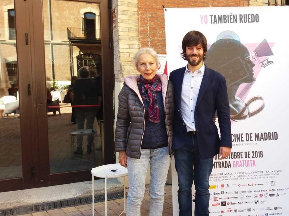 Alejandro Cortés, director de 'Carrasca', con Teresa Ramón, en ele Festival de Cine de Madrid.