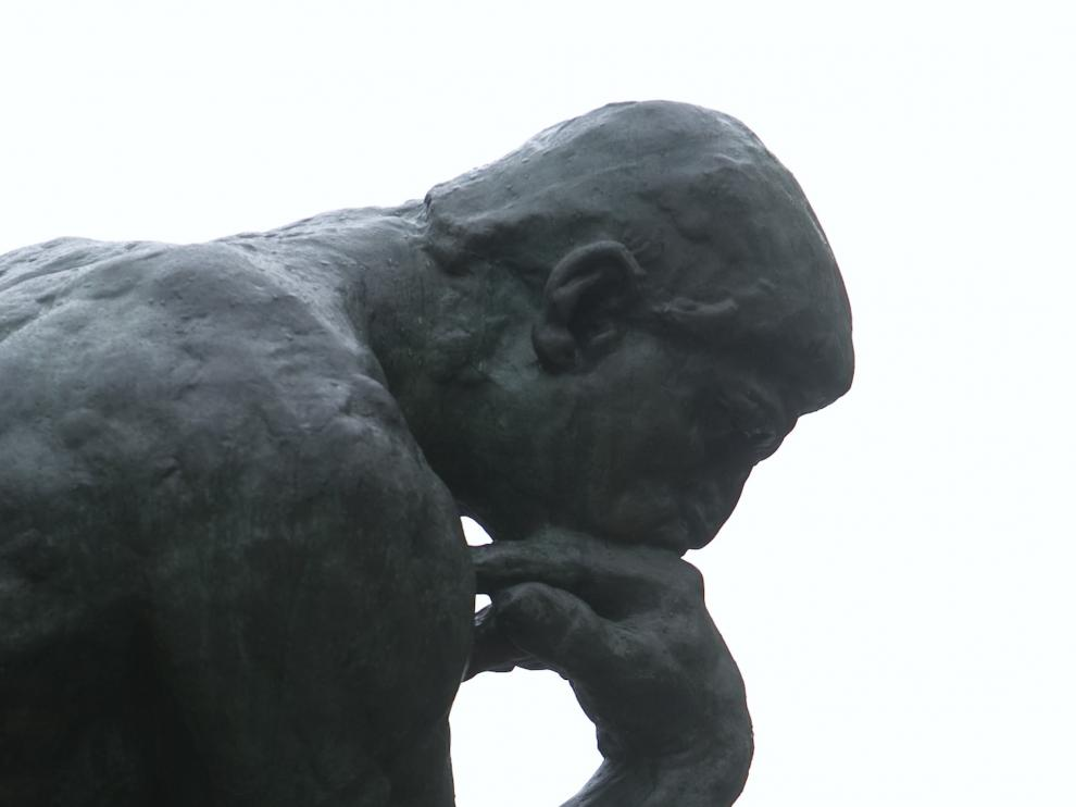 Sandel nos recuerda la importancia de aprender a pensar y a debatir.