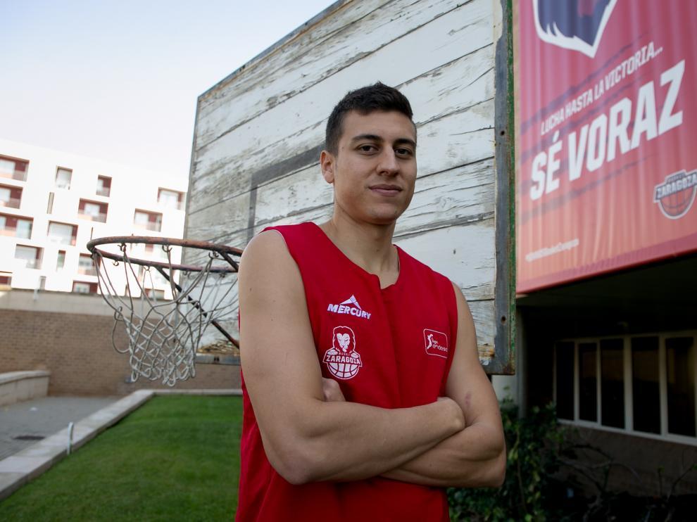 Fabio Santana, en el pabellón Príncipe Felipe.