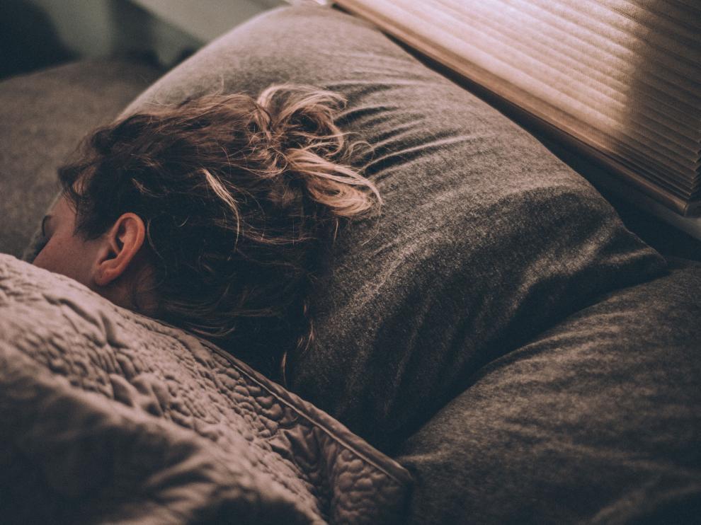 """La falta de sueño es """"una alarma más"""" a los factores de riesgo de este tipo de enfermedades."""
