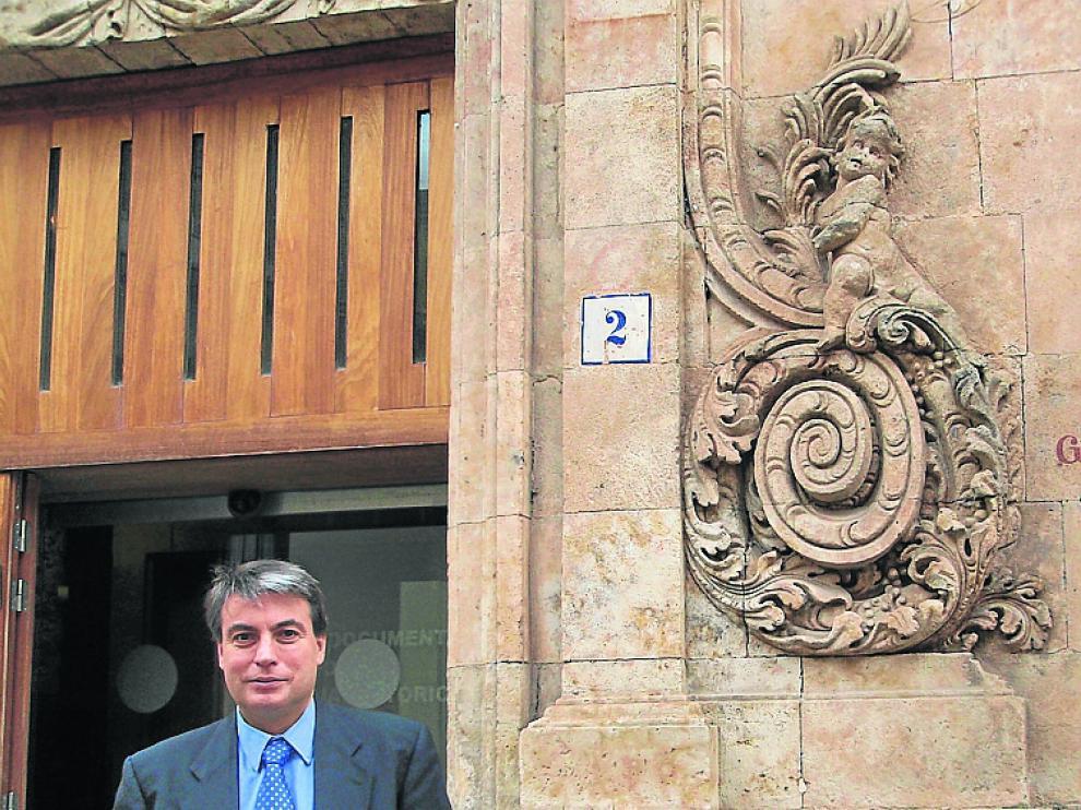 Policarpo Sánchez, en el Archivo de Salamanca.