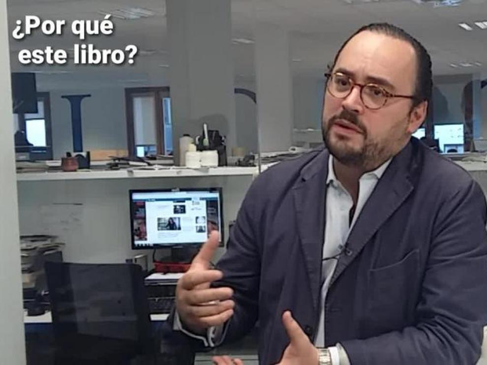 """Ignacio Peyró: """"Este libro es un compendio de años de barras, mesas, libros y bibliotecas"""""""